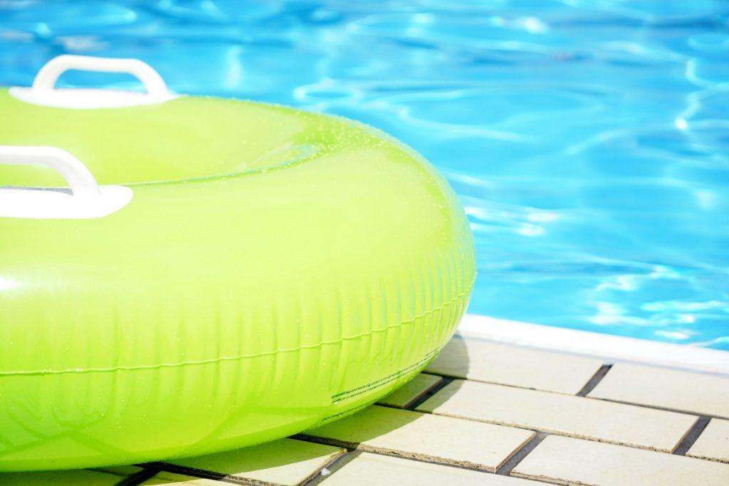 東大和市民プールは、プール・スライダーを小学生2時間50円で満喫できます!