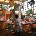 【舞浜駅】シェラトン・グランデ・トーキョーベイ・ホテル「グランカフェ」で2歳子連れホテルランチビュッフェ!キッズメニューがとっても豊富で子供は大喜び♪