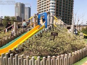 グランツリー武蔵小杉屋上・ぐらんぐりんガーデンは、2歳の男の子でも無料で楽しめる子連れ遊びスポット!